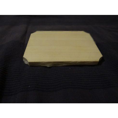Fa vágódeszka (27x 20 cm)