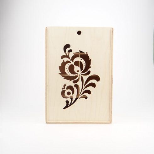 Teás doboz, virágos előlappal